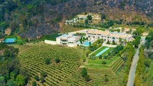 Thumbnail for $195 Million Beverly Hills Palace Is Now The Most Expensive Home In The United States