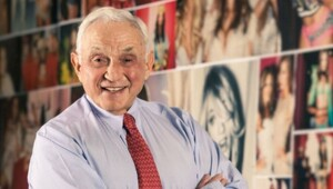Thumbnail for Unlimited Success: Leslie Wexner Is The Quiet Billionaire Who Changed The Way We All Shop