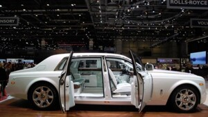Thumbnail for Would You Pay $1 Million For The Rolls-Royce Phantom Serenity?