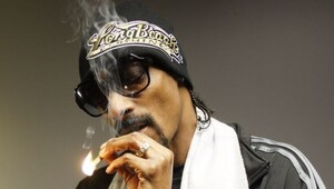 "Thumbnail for Snoop Dogg Just Invested In A Startup That Wants To Be ""Uber For Weed"""