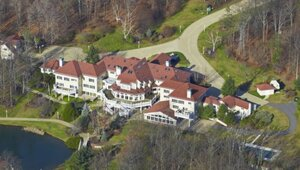 Thumbnail for 50 Cent Agrees To Re-List Connecticut Mansion As Part Of Bankruptcy Filing