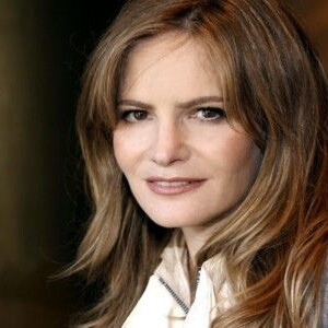 Jennifer Jason Leigh Net Worth