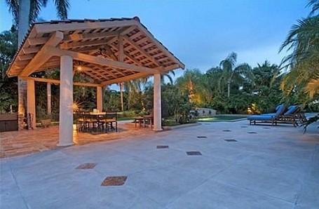 Patio at Bill Gates Florida rental home