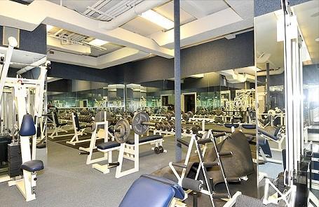 Home gym mark wahlberg  mark wahlberg home gym | anotherhackedlife.com