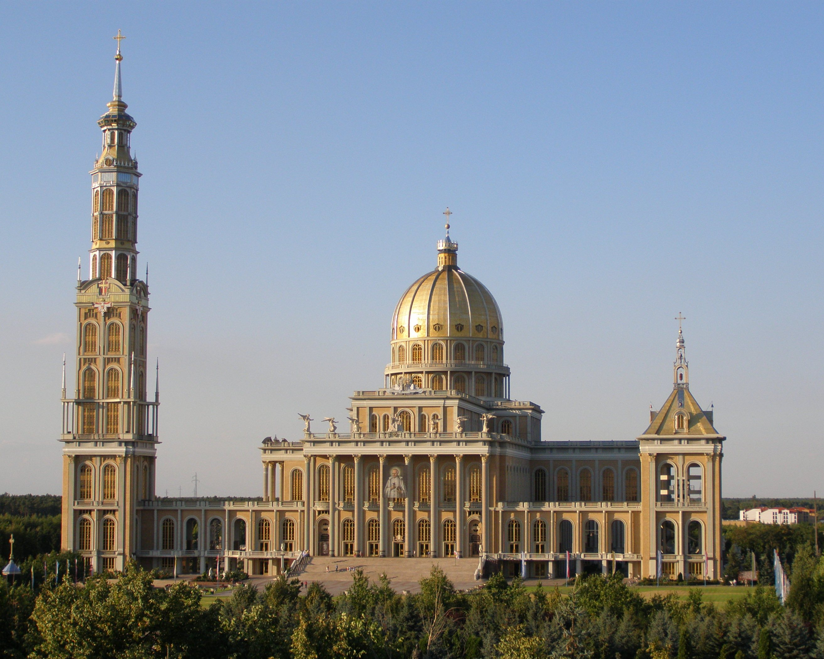 third largest church in the world